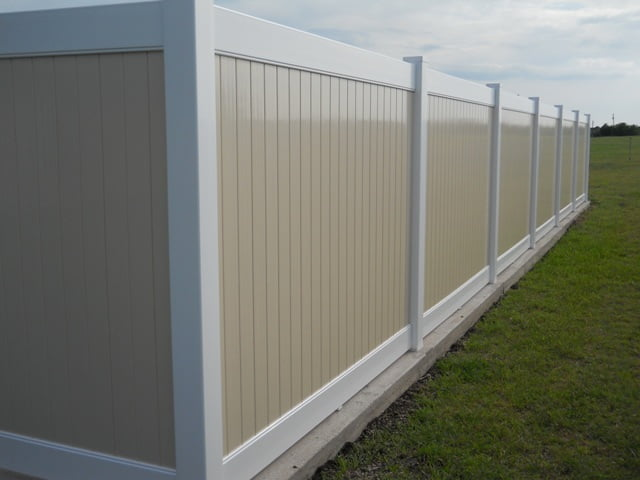 Should Your Vinyl Fence Be On Your Property Line?