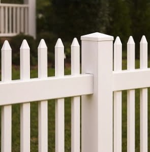 Future Outdoors Vinyl Fencing