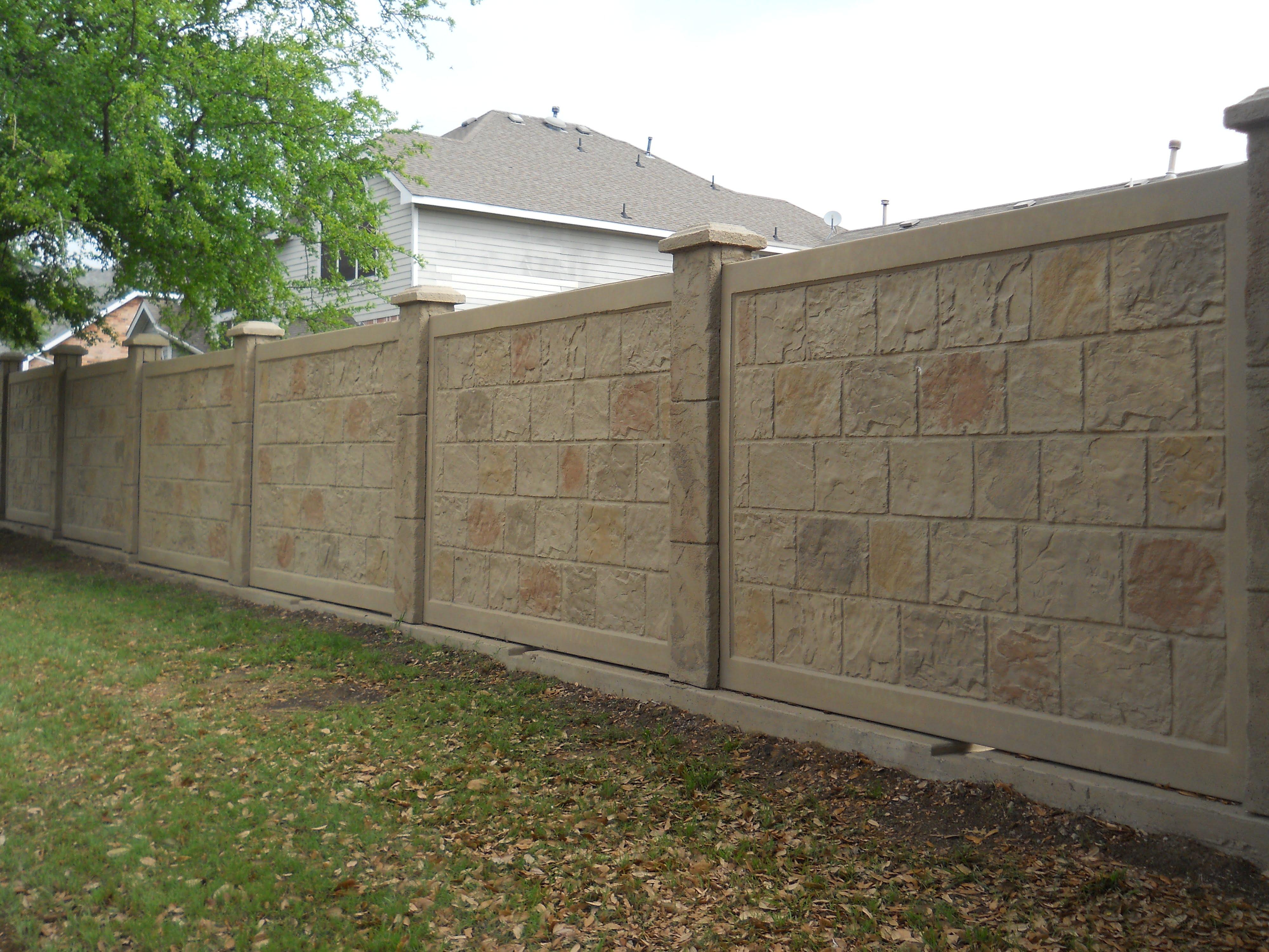 Precast Concrete Fence In Dallas